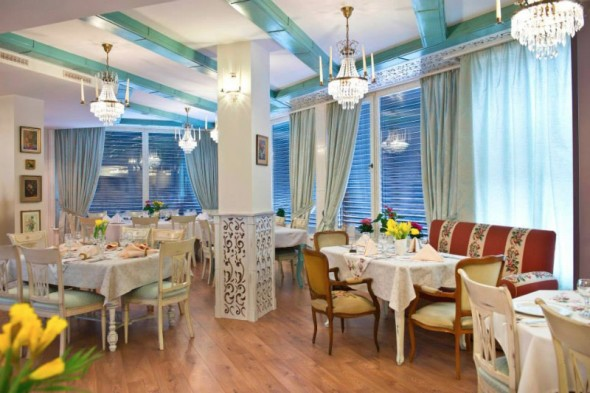 Restaurant-Antique-Radauti-7