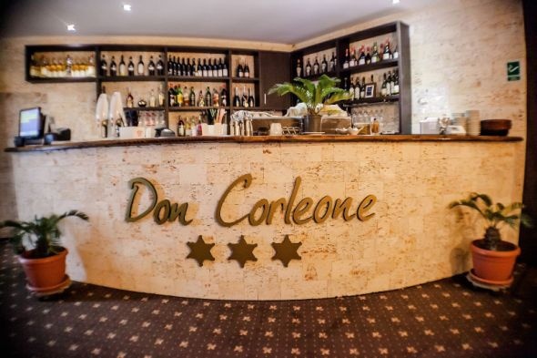 Restaurant-Don-Corleone-3